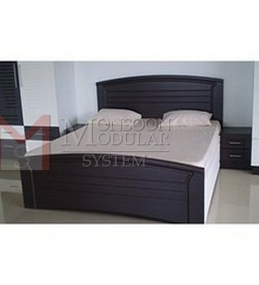 Black & White Color Bed